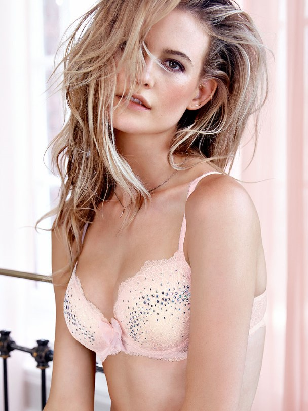Behati Prinsloo – Victoria's Secret Photoshoot (Október 2014)